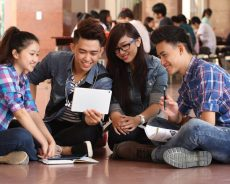 Sinh viên ngành khác có thể chuyển sang học Công nghệ thông tin